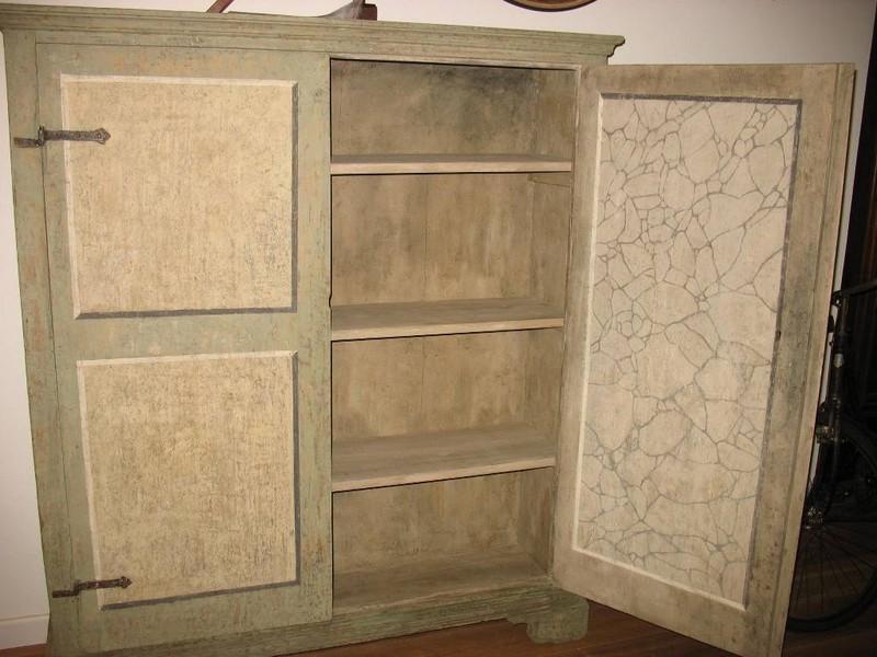 Restauro tinteggiatura e verniciatura mobili con smalti all acqua e sintetici - Verniciare mobili cucina ...